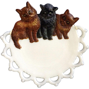 "Vintage Westmoreland Glass Co. Hand Painted Kitten Milk Glass 7-1/4"" Scary Cat Plate"