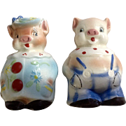 Country Pigs Salt and Pepper Shakers Ceramic Anthropomorphic Animal Figurines