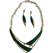 Vintage Monet V Shaped Necklace & Matching Pierced Earrings Gold Tone Costume Jewelry