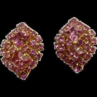 Beautiful Vintage Pink Sparkle Rhinestone Clip Earrings Costume Jewelry