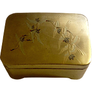 1940's Japanese Gold & Black Lacquer Trinket Box With Flying Cranes