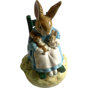 Tale of Peter Rabbit Beatrix Potter Schmid Music Box Mrs. Rabbit in Rocking Chair and Baby Bunnies 'Brahms Lullaby'