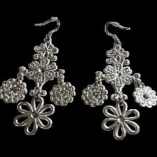 Beautiful Daisy Silver-Tone Long Dangle Hook Pierced Earrings Costume Jewelry