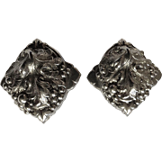 Gorgeous Vintage Grape Cluster Silver-Tone Clip on Earrings