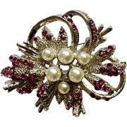 Vintage Gorgeous Pink Sparkle Rhinestones & Faux Pearls Silver-tone Pin