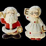 Vintage Noel Santa & Mrs. Claus Salt & Pepper Shakers Christmas Spaghetti Gold Ucagco Japan 1950s Mid Century Ceramic Figurines