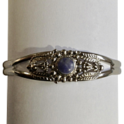 Pretty Silver-tone Blue stone Bracelet Approximately 7 Inch Wrist