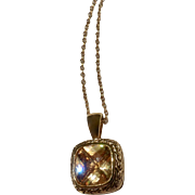 """Gorgeous Gold-tone and Golden Crystal Glass Rhinestone Center Pendant Necklace Costume Jewelry 17-3/4"""" Long"""