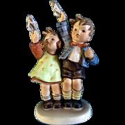 """Hummel Figurine """"Auf Wiedersehen"""" # 153 Goebel Little Girl And Boy Waving 6 -1/2"""""""