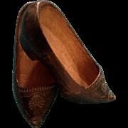 Wooden Dutch Shoes Vintage OLD Little Girl Carved Clogs Klompen Handmade Flower Design 7 Inches long