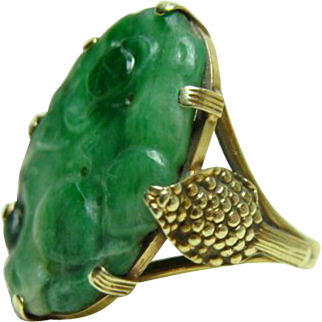 Gold 14kt Arts and Crafts Carved Jade Ring