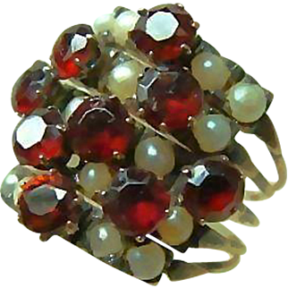 Beautiful 14kt Gold Vintage Stacking Pearl and Garnet Rings