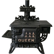 Cast Iron Miniature Queen Cook Stove Sample Doll House c1960's