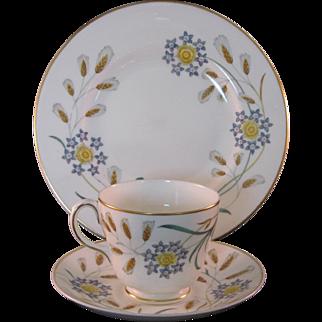 2 Wedgewood Wheatear Bone China W4051 3 Pc Tea Settings Mid 20th Century