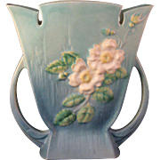 1940 Roseville Pottery White Rose Blue Vase 987-9 - Excellent condition