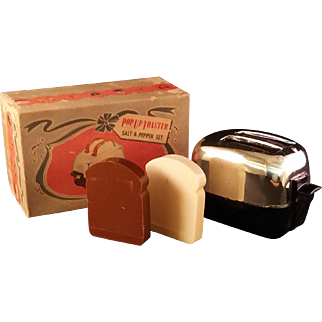Retro 2 slice Pop up toaster Salt and Pepper Shaker Set – New in box
