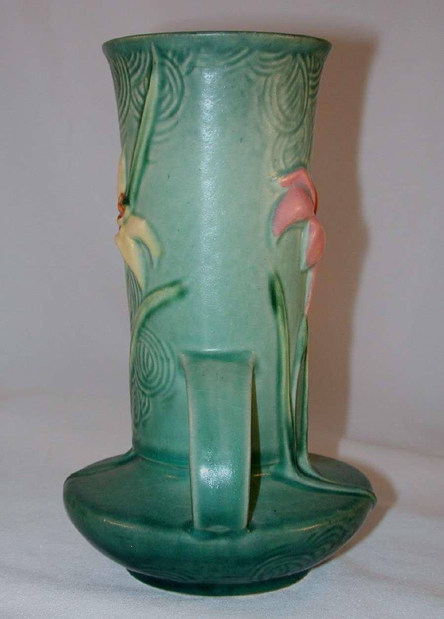Rare Roseville Pottery Mid 1940s Green Zephyr Lily 131 7 Quot Vase From Giameraandc On Ruby Lane