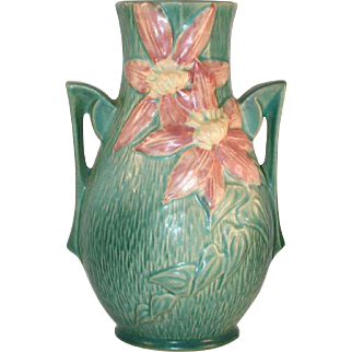 """Beautiful Roseville Pottery Mid 1940s Green Clematis Vase with Handles 108-8"""""""