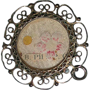 Relic of B. Pii X, P. C. Blessed Pius the Tenth, Pope and Confessor, with Seal