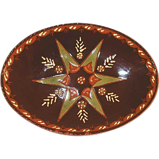 2003 Brown Glazed Oval Redware Plate Sgraffito Green Star by Lester Breininger