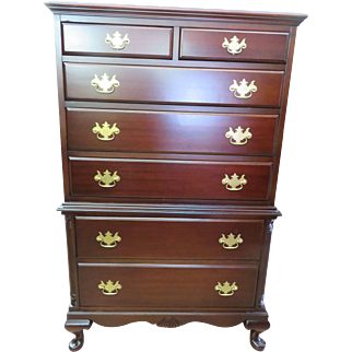 Vintage Cherrywood Queen Anne Style Chest-On-Chest Circa 1960s