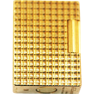 French Gold Lighter S.G . Dupont  Paris in exellent condition