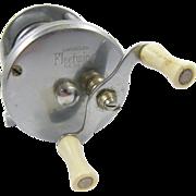 Bronson Fleetwing vintage fishing reel white handles