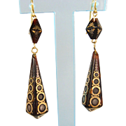 Rare pyramid and obelisk natural shell dangle earrings with geometric and floral incrustations in 18K solid gold and silver, hallmarked