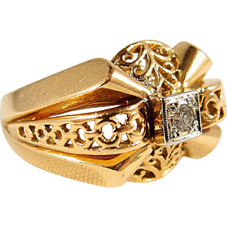 Beautiful ornate solid gold French ring with natural round cut diamond, 18K stamped yellow and white gold fine jewelry