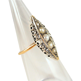 Rare Victorian epoch marquise ring in 18K solid gold and silver with pearls and rose-cut diamonds