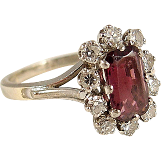 Art Déco pink raspberry rhodolite garnet in 18K solid gold and platinum with diamonds, French stamped fine gold