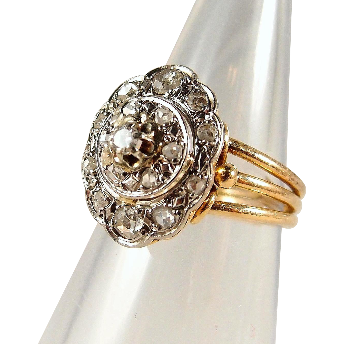 Three Tier Diamond: Superb Three-tier Stamped 18K Solid Gold Ring With 0.54ctw