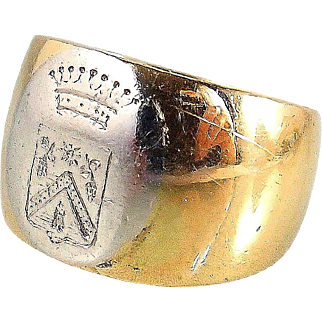 Antique French Armorial family crest signet ring, 14.3grams of 18K solid gold and platinum band, Stamped and signed