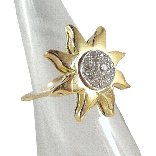 Sunshine and brilliant cut diamonds, stamped 18K solid gold cluster ring with natural gemstones