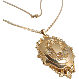 18K solid gold photo locket, Stamped Napoléon or Victorian style pendant, fine gold necklace