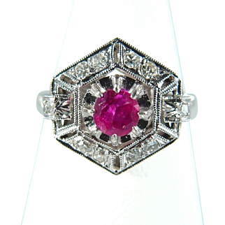 Art Deco ring in platinum950 Natural ruby and earth mined diamonds Stamped fine jewelry