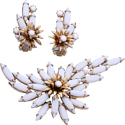 "1950s Alice Caviness ""White and Gold"" Floral Brooch and Earrings Set"