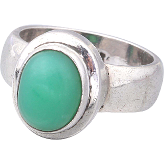 50% Off-Modernist STERLING Silver Green Chrysoprase Ring Size 6.5