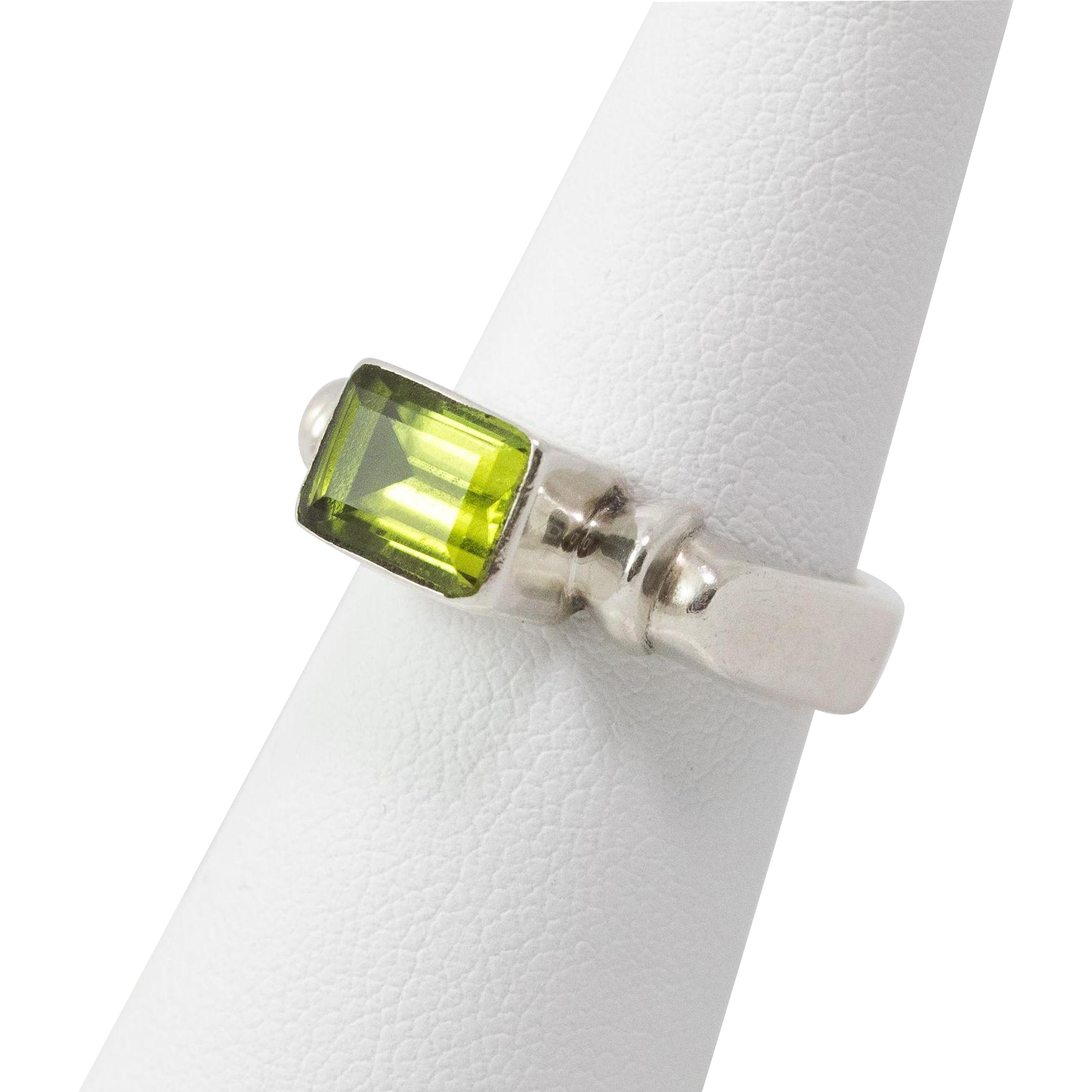 sterling silver emerald cut peridot ring size 6 from