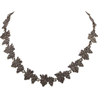 Sterling Silver | Choker Necklace | Grapevine Motif