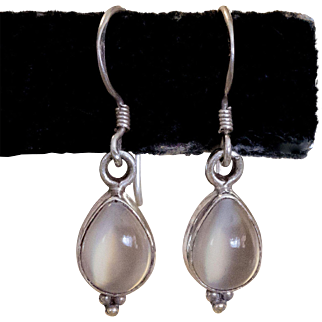 Sterling Silver | Cat's Eye Moonstone Dangle Earrings