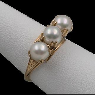 Vintage | 18K  YG | Japanese Akoya Saltwater Cultured Pearl | Trilogy Ring