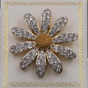 Vintage   Swarovski Crystal Daisy Brooch