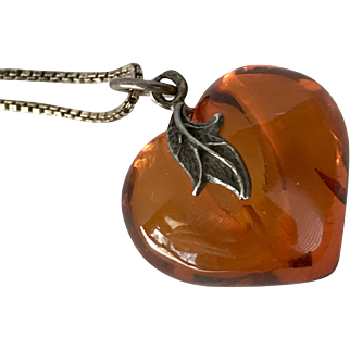Sterling Silver   Amber Heart Pendant with 20-Inch Box Chain