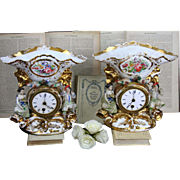 PAIR Old paris porcelain Figurines birds Petit Mantel table clock 1880 France