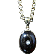 Victorian Garnet Pendant and Chain - 9ct Gold