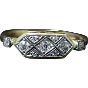 Antique Art Deco Diamond Ring - Beautiful Ring - Perfect Engagement Ring