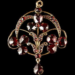 Antique Victorian Garnet Pendant Garnet Gold Clover and Heart