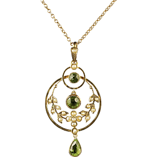 Antique Victorian Peridot Pearl Gold Pendant Necklace Circa 1900