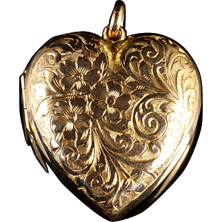 Antique Victorian Gold Heart Pendant Locket Circa 1900 Forget Me Not